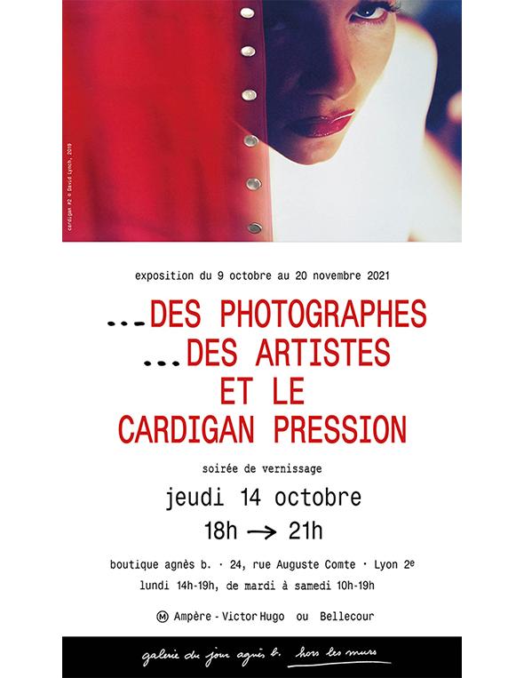 Exposition agnès b. Des Photographes Des artistes et le Cardigan Pression
